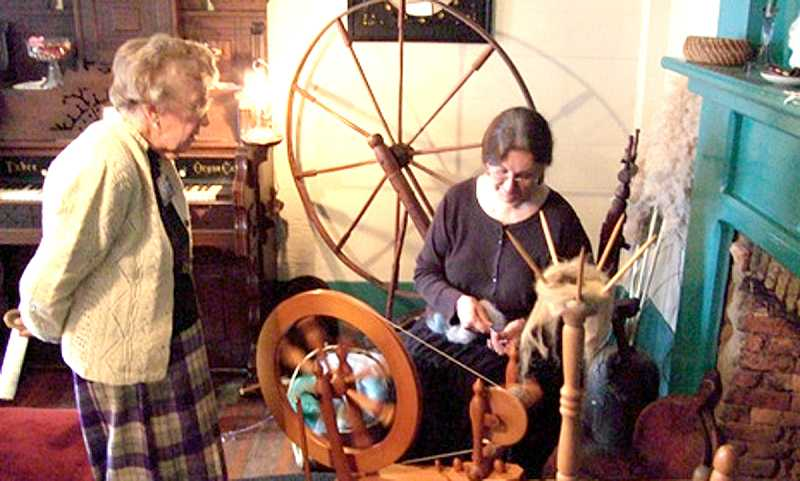 by: SUBMITTED  - Weavers and other artisans demonstrate their arts at the Molalla Apple Festival, held each year at the Dibble House Museum Complex in Molalla, Oregon