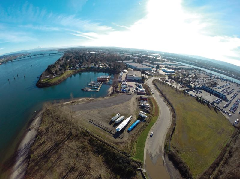 by: COURTESY OF ALVARO FONTAN - Oregons largest mobile home park sits in shouting distance from where the Port of Portland hopes to develop marine terminals. Neighbor concerns  about noise, air pollution and traffic seemed to find sympathetic ears among Portland city commissioners.