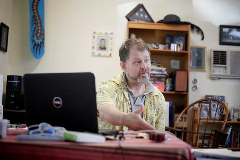 by: TIMES PHOTO: JONATHAN HOUSE - Aloha author Clayton Callahan talks about his military service and how it influenced the story of his science fiction ebook, 'Tales of Screaming Eagle, The Legend of Kilroy.'