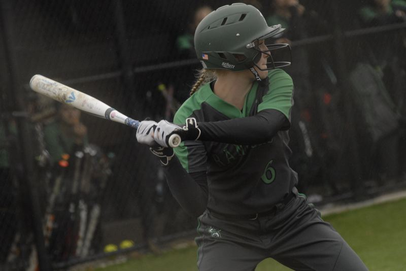 Offense struggles in Estacada's 6-2 loss to Corbett