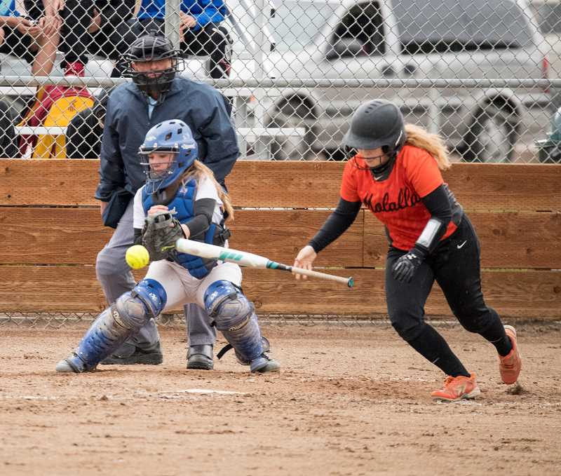 Molalla softball winless in Tri-Valley play five games in