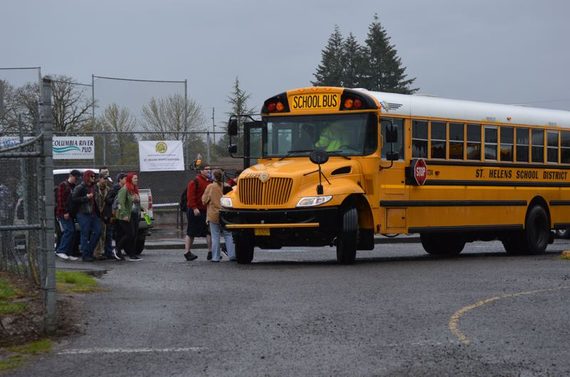 Bomb threat prompts St. Helens High School evacuation