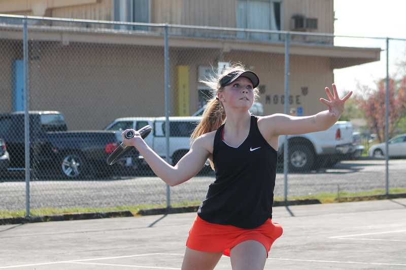 Molalla girls tennis continues to dominate in league play