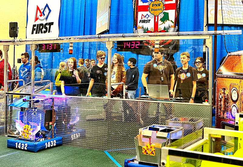 'Metal Beavers' score high at robotics competition