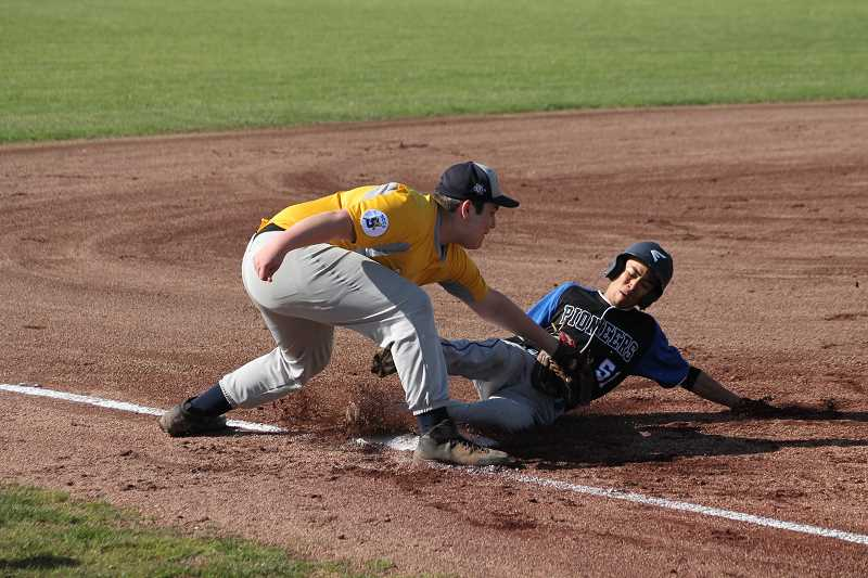 Country Christian baseball looking for first league win