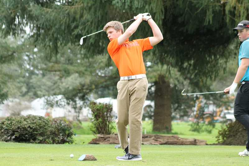 Molalla boys golf prevails at Quail Valley meet