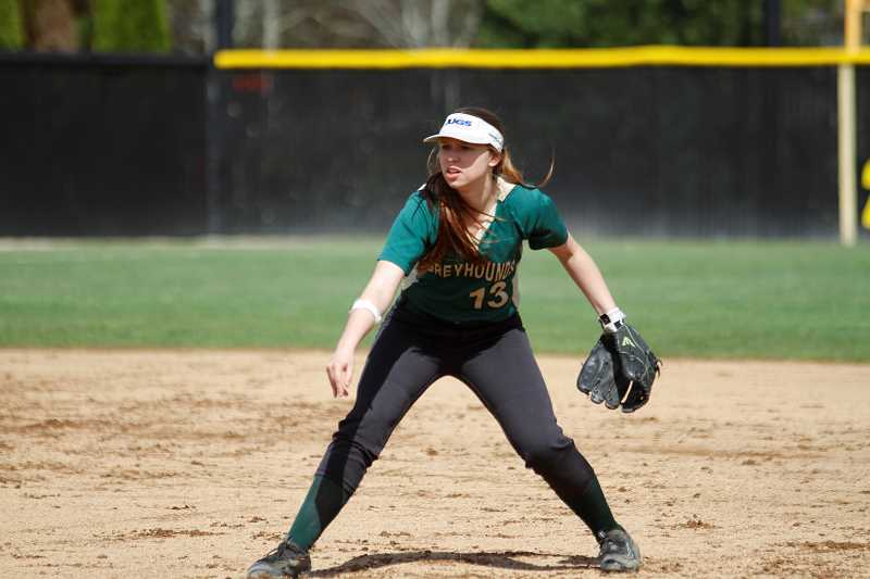 Gaston sweeps Knappa, stays undefeated in league play