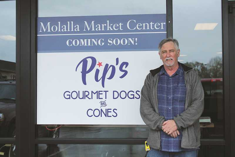 Classic Chicago-style hot dogs coming to Molalla