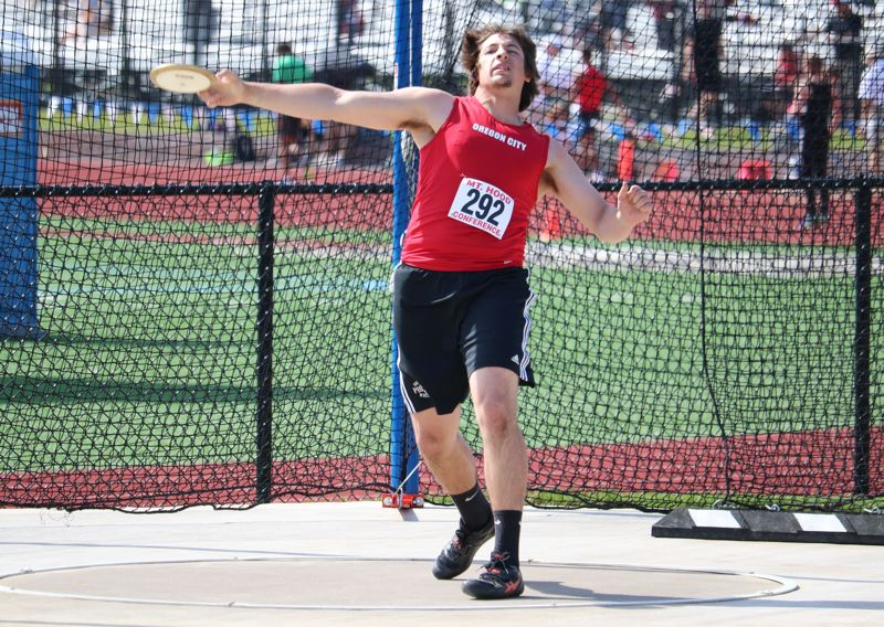 Lane Marshall wins second Mt. Hood boys' discus title