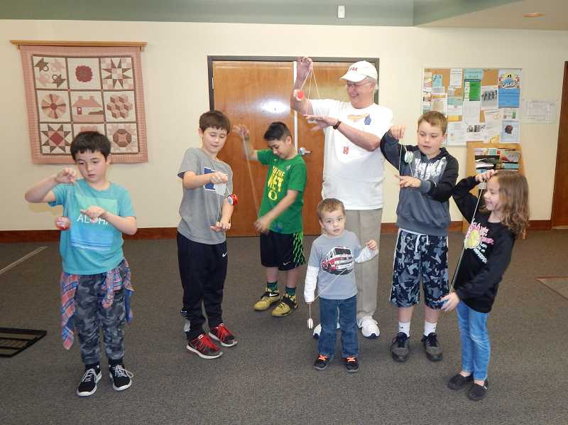'World Champion Yo-yo Coach' teaches the sport at senior center