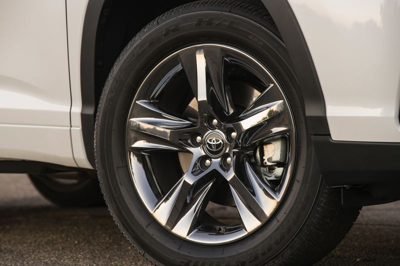 TOYOTA MOTORS - A variety of wheels are available on the different trim levels of the 2017 Toyota Highlander Hybrid.