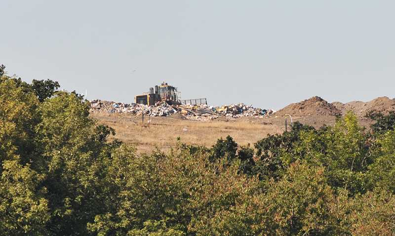 GRAPHIC FILE PHOTO - Opponents to enlarging Riverbend Landfill saw to land use groups join their fight last week when 1000 Friends of Oregon and Oregon Farm Bureau Federation filed amicus briefs with the Oregon Supreme Court.