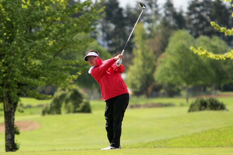 PMG PHOTO: MILES VANCE - Clackamas' Sam Pyon won the Class 6A state championship on Tuesday, shooting 74-70—144 to win the individual title by three shots.