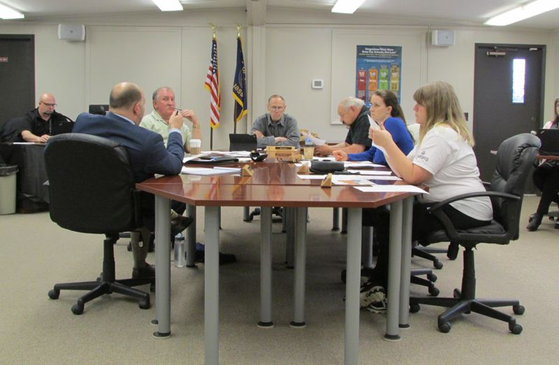 Board moves toward reopening Columbia City School