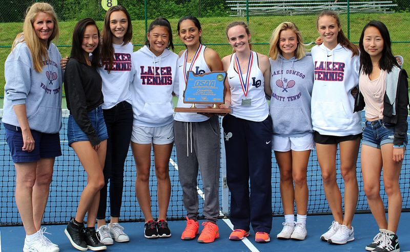 Lake Oswego girls win second straight Class 6A state tennis title