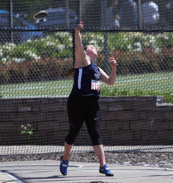 Lake Oswego's Ava David wins discus at Class 6A state track