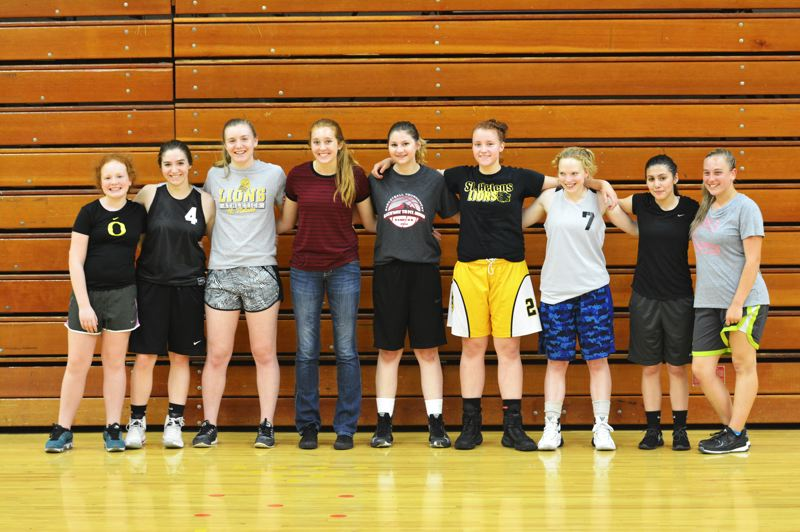 SPOTLIGHT PHOTO: JAKE MCNEAL - From left, Chloee Claughton, Trinity Degraffenreid, Kaela Lee, Maddie Holm, Mady Lokken, Kaelixte LeFave, Sarah Sonnenburg, Abby Castillo and Samantha Scott won five of six games for third place at the Mountain View tournament June 2-4 in Vancouver, Wash. Not pictured: Emme Paullus and Irene Omboke.