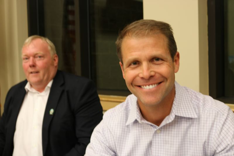 OUTLOOK PHOTO: ZANE SPARLING - City Councilor Glenn White (left) and Troutdale Mayor Casey Ryan at a City Council meeting in June.