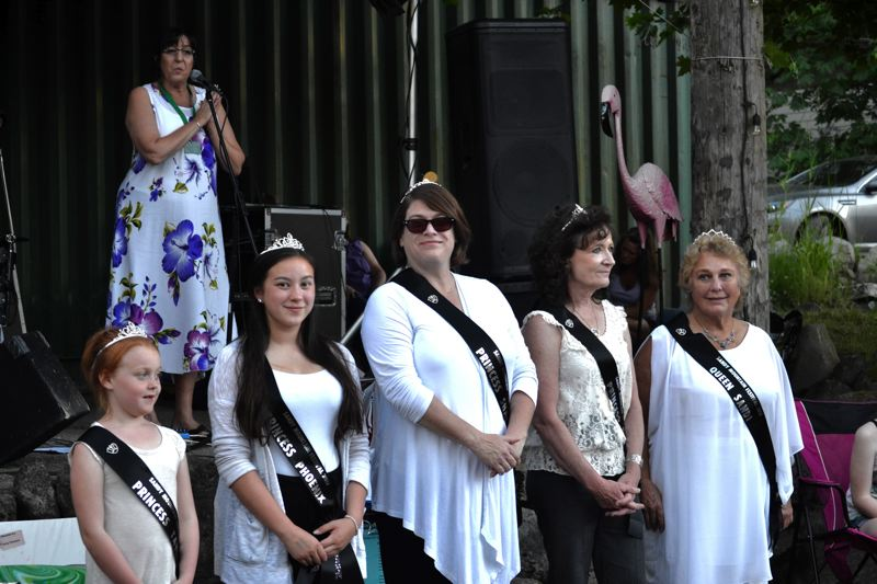 POST PHOTO: BRITTANY ALLEN - Lynette Proctor introduces the Sandy Mountain Festival queen's court.