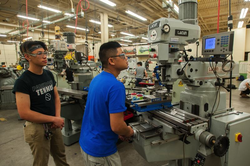 FILE PHOTO - Mount Hood Community College students work in the school's applied technology center. Recent state budget proposals, however, would give community colleges across Oregon just a $20 million increase in funding for the coming budget biennium, which is not enough to avoid program and staffing cuts at the state's 17 community colleges.