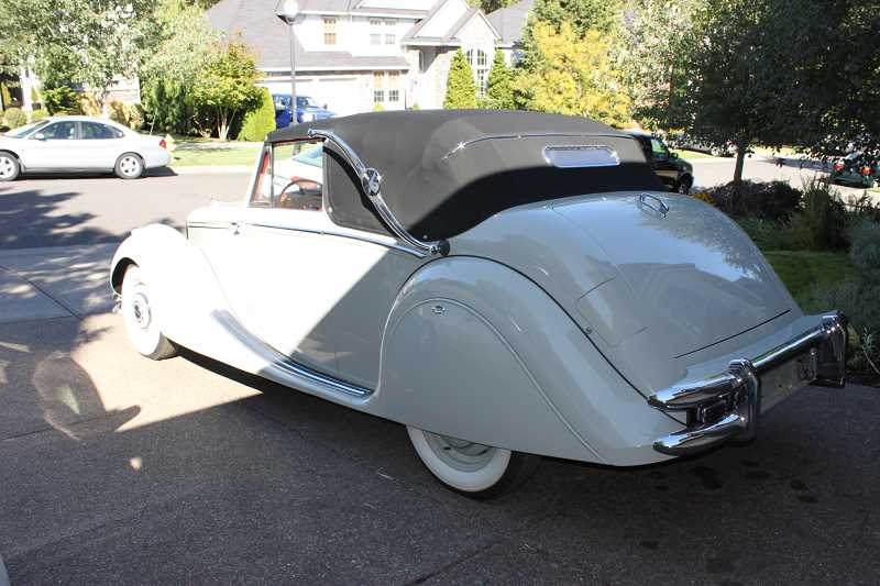 SUBMITTED PHOTO - This years Concours d'Elegance will include West Linn resident William Relyea's 1951 Jaguar Mark V.
