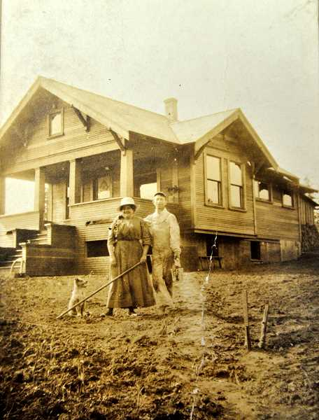 PHOTO COURTESY WILSONVILLE-BOONES FERRY HISTORICAL SOCIETY - Lillie and Hans Schroeder outside their Wilsonville home.