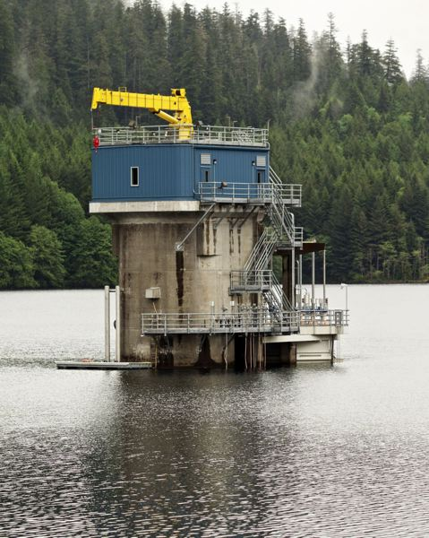PORTLAND TRIBUNE FILE PHOTO - Past improvement to tower at Bull Run Reservoir allowed water temperatures to be adjusted to save fish.