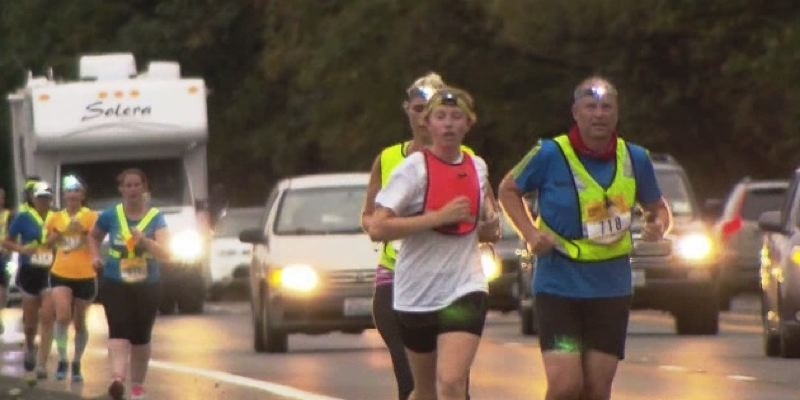 KOIN 6 NEWS PHOTO - Runners along the Hood to Coast route on Aug. 28 of last year.