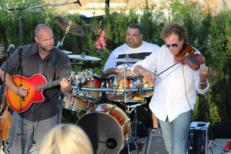 SPOKESMAN PHOTO: ANDREW KILSTROM - The Brian Odell Band performs at Music at Montague Tuesday, Aug. 22.