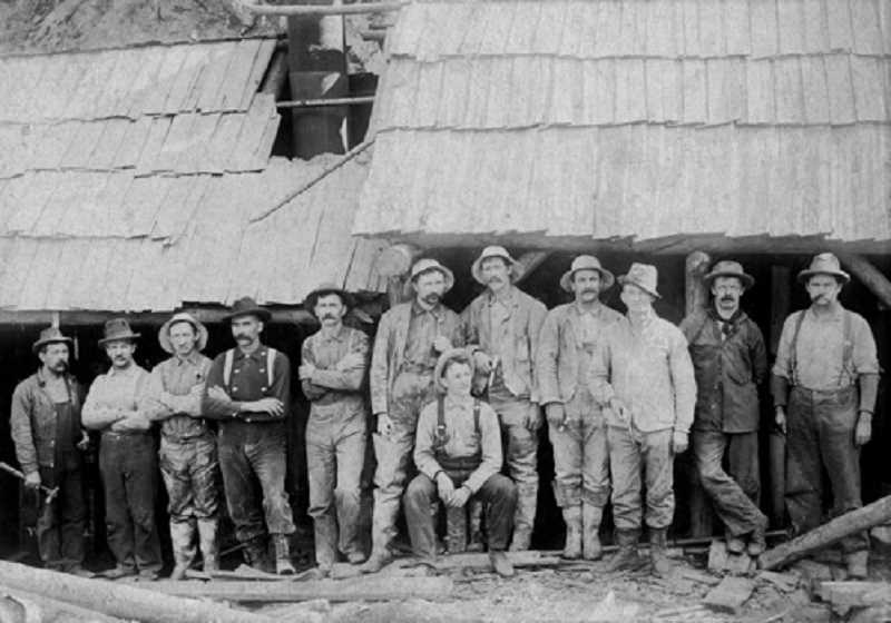 SUBMITTED PHOTO: LAKE OSWEGO PRESERVATION SOCIETY - Workers of the Oregon Iron and Steel Company, the third rendition of the Oregon Iron Company, pictured here circa 1888.