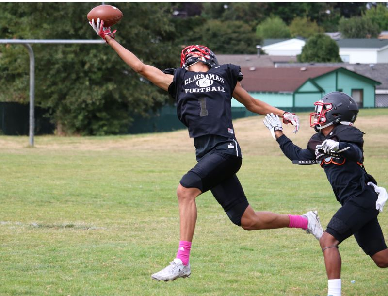 REVIEW/NEWS PHOTO: JIM BESEDA - Clackamas wide recevier Cole Turner led the Cavaliers with 46 catches for 652 yards and 16 touchdowns last season.