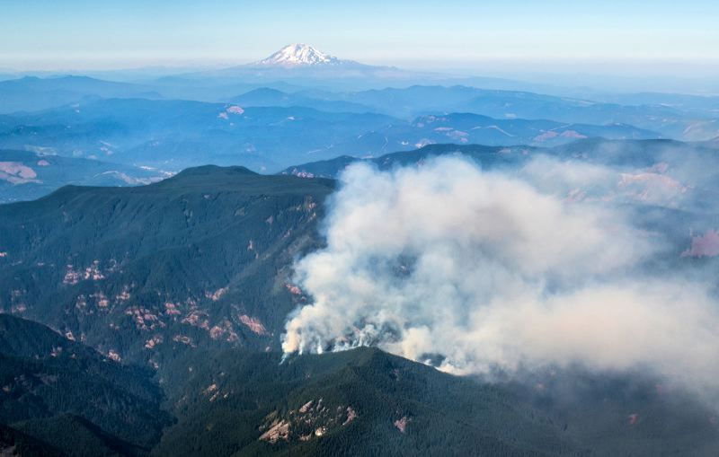 PORTLAND TRIBUNE: JONATHAN HOUSE - Portland Tribune photographer Jonathan House took this aerial photo of the new Eagle Creek fire, near Hood River, late Saturday afternoon.
