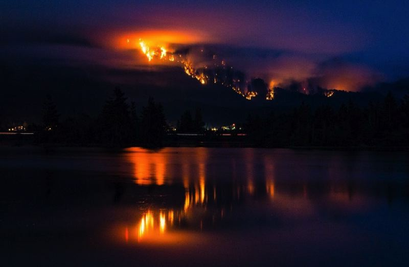 PHOTO COURTESY KOIN/GLENN DAMAN - The Eagle Creek Fire as seen from Stevenson, Wash. on Sunday, Sept. 3.