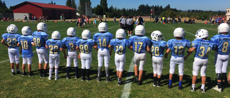 SUBMITTED PHOTO - The 3/4 Lakeridge Pacers football team gets ready to kick off the recent 2017  Jamboree.