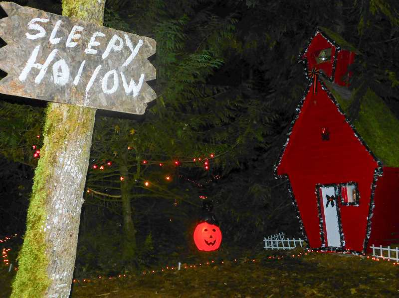 ESTACADA NEWS PHOTO: EMILY LINDSTRAND -  Visitors to the Halloween Fantasy Trail can stop by Sleepy Hollow.