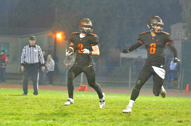 PAMPLIN MEDIA PHOTO: MATT SINGLEDECKER - Senior running back Jimmy Jones (3), senior wide receiver Tevin Jeannis (8) and the Indians' top Class 4A offense are out to rout Astoria on Friday.