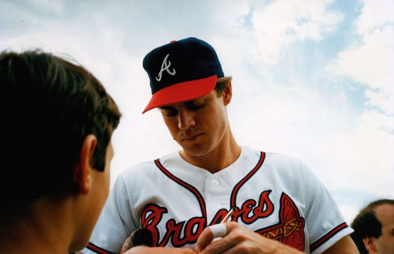 COURTESY: NATIONAL BASEBALL HALL OF FAME LIBRARY - During Hall of Fame weekend in 1987, Portland's Dale Murphy, then with the Atlanta Braves, signs autographs for fans.