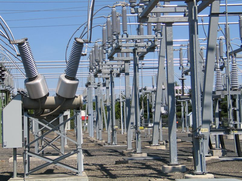 SUBMITTED: PGE - A PGE substation could be the site of one of the five new proposals for interconnected, large-scale storage project.  PGE proposes to develop and build a 17 - 20 MW, 68 - 80 MWh energy storage system on PGE owned property adjacent to the existing Coffee Creek Substation.