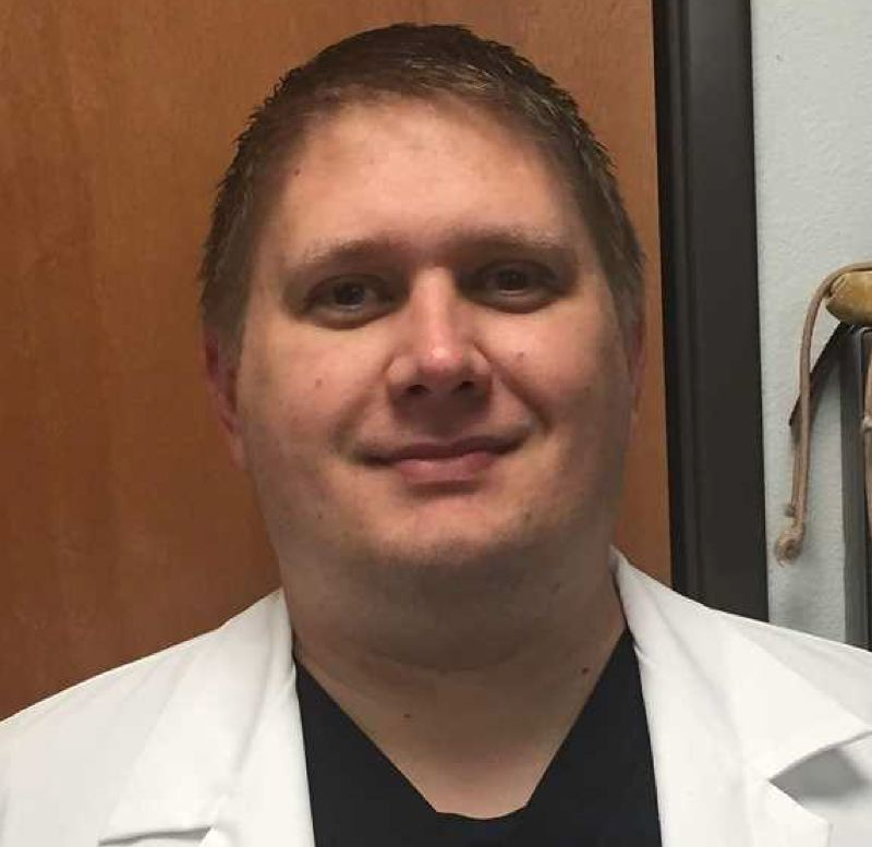 Jonathan Wisniewski - Emergency Veterinary Clinic of Tualatin (EVCOT)
