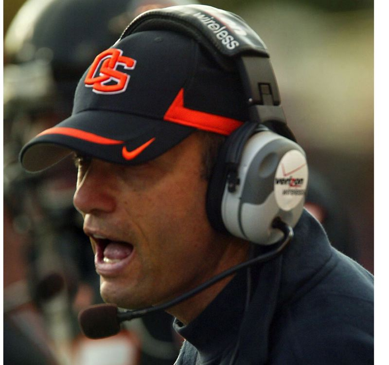 Mike Riley heads back to Oregon State