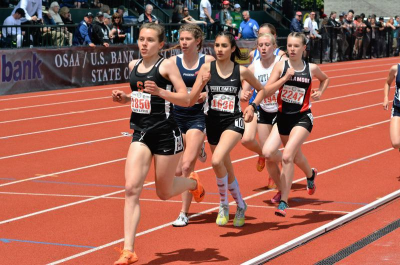 SPOTLIGHT PHOTO: JAKE MCNEAL - Linnaea Kavulich (1850) won the Indians' first Class 4A girls' state 3,000-meter run championship in a school-record 10 minutes, 26.40 seconds.