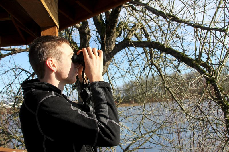 PAMPLIN MEDIA GROUP: JOHN SCHRAG - Eric Streeter of South Bend, Indiana, stopped by Fernhill Wetlands during a visit with family members who live  south of Forest Grove.