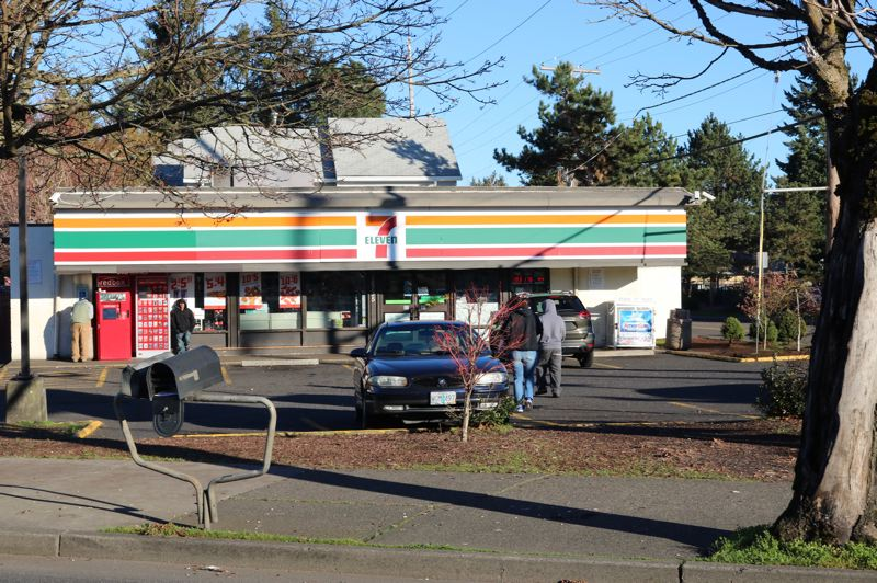 Immigration Agents raided 7-Eleven stores