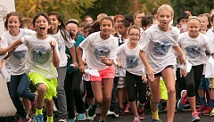 Photo Credit: SPOKESMAN PHOTO: JOSH KULLA - The annual fun run at Boones Ferry Primary School raises money for arts and technology.