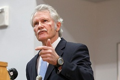 Photo Credit: TRIBUNE FILE PHOTO - Oregon Democrats have been calling for the resignation of Gov. John Kitzhaber.