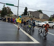 PHOTO COURTESY OF BEAVERTON SAFE ROUTES TO SCHOOL - Hundreds of students, along with parents and other adults, walked or rode bikes to Oak Hills Elementary School on Wednesday for International Walk to School Day. At least 20 Beaverton-area schools took part in the annual event.