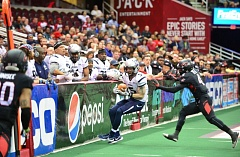 COURTESY: CLEVELAND GLADIATORS - Tom Gilson of the Portland Steel makes one of his 16 catches in a Monday night Arena Football League game against the Cleveland Gladiators.