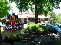 Burgerville helped the West Linn Adult Community Center by hosting a fundraiser.