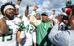 COURTESY: GOUSFBULLS.COM - Caoch Willie Taggart, 40, is leaving the University of South Florida to succeed Mark Helfrich as coach of the Oregon Ducks.